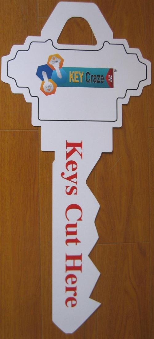 Keys Cut Here Sign